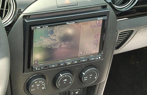 mazda mx-5 navigationssystem pioneer avic f20bt einbau, mazda mx 5