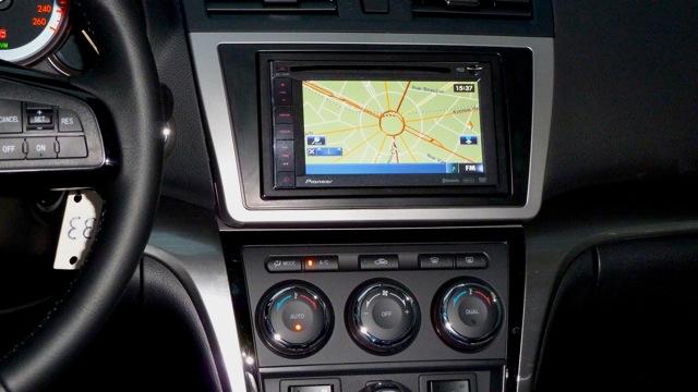 Mazda 6 Einbau Navigation